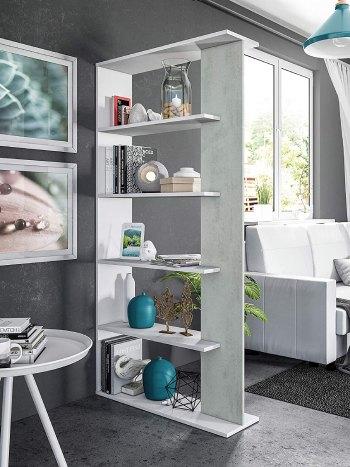 Estanterías divisoria decoración en habitación